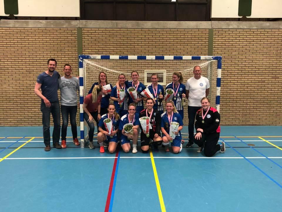 DWOW dames 1 kampioen 1e klasse KNVB (Foto via facebook)