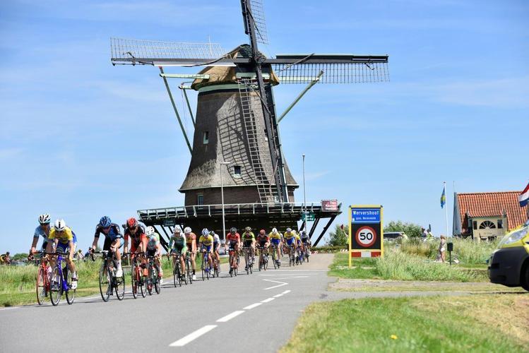 Ook dames op grote parcours bij wielerronde Wervershoof (Foto aangeleverd)