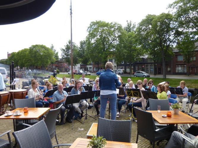 Spetterend zomerconcert Winkels Harmonie (Foto aangeleverd)