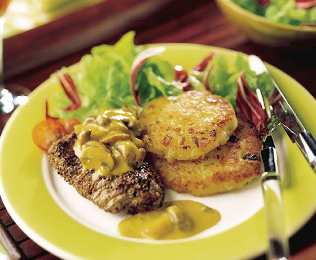 Biefstuk met champignons en aardappelkoek - Foto DEEN Supermarkten