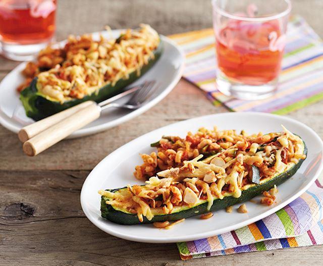 Gevulde courgette met macaroni - Foto DEEN Supermarkten