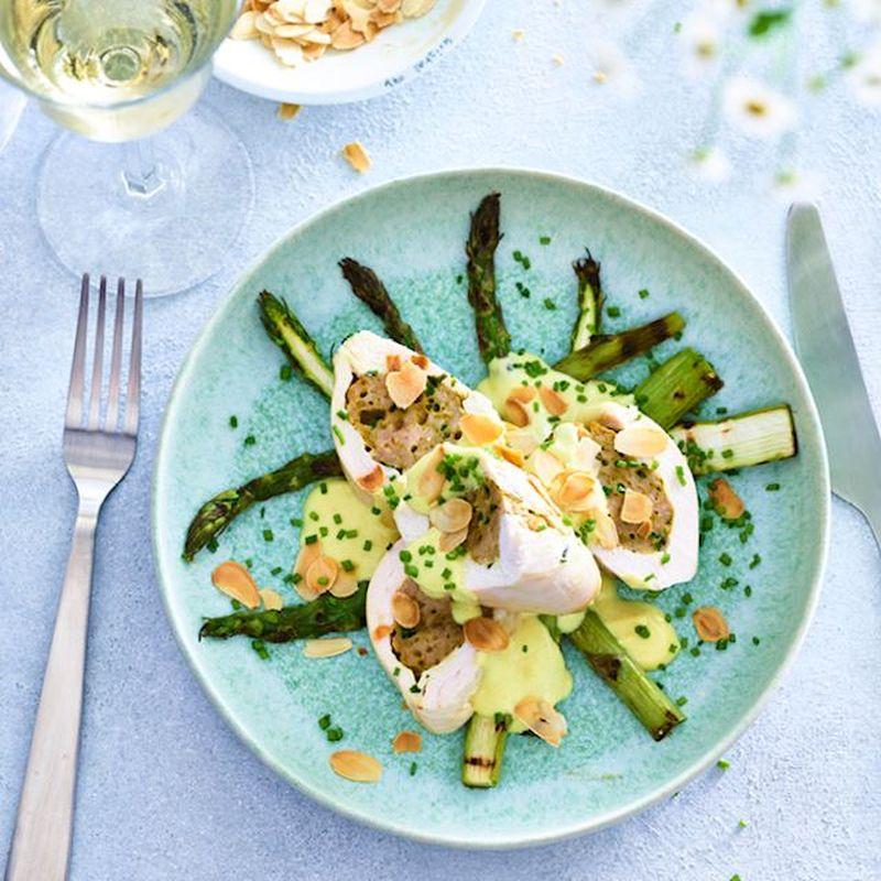 Wat eten wij vandaag: Gevulde kipfilet met gegrilde asperges