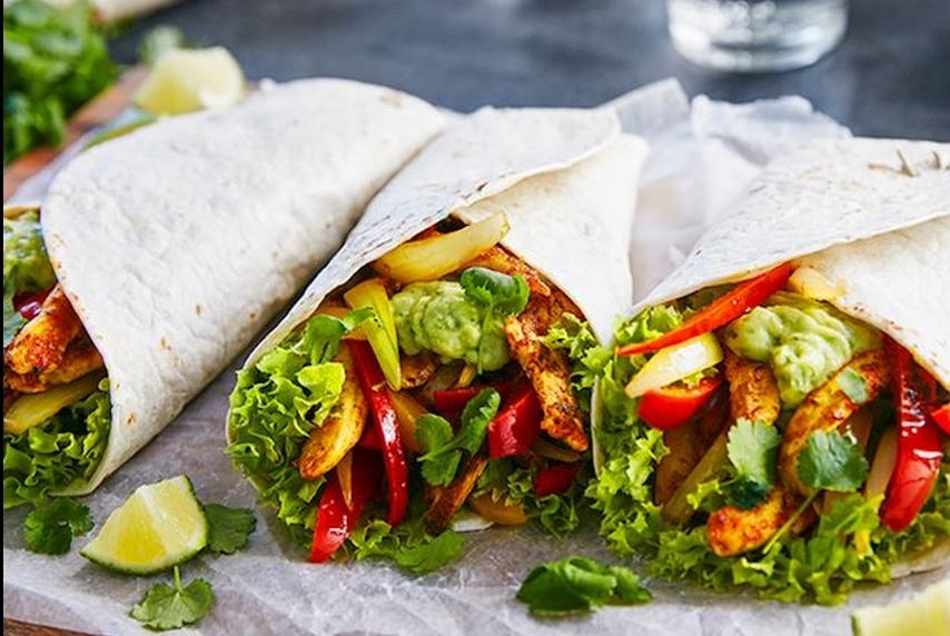 Wat eten wij vandaag: Fajita's met kipfilet en rode paprika