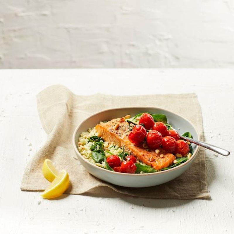 Maaltijd van de dag: Zalmfilet met spinazie en couscous